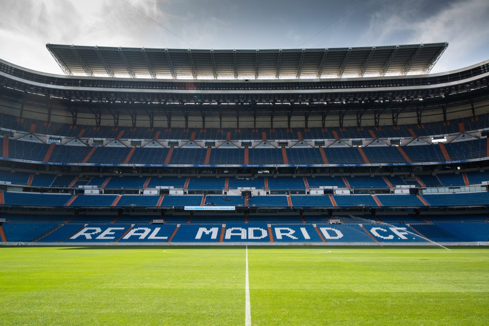 PES 2020   SANTIAGO BERNABEU   NEW STADIUM   PREVIEW BY TR - YouTube